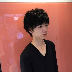 黒髪マッシュ